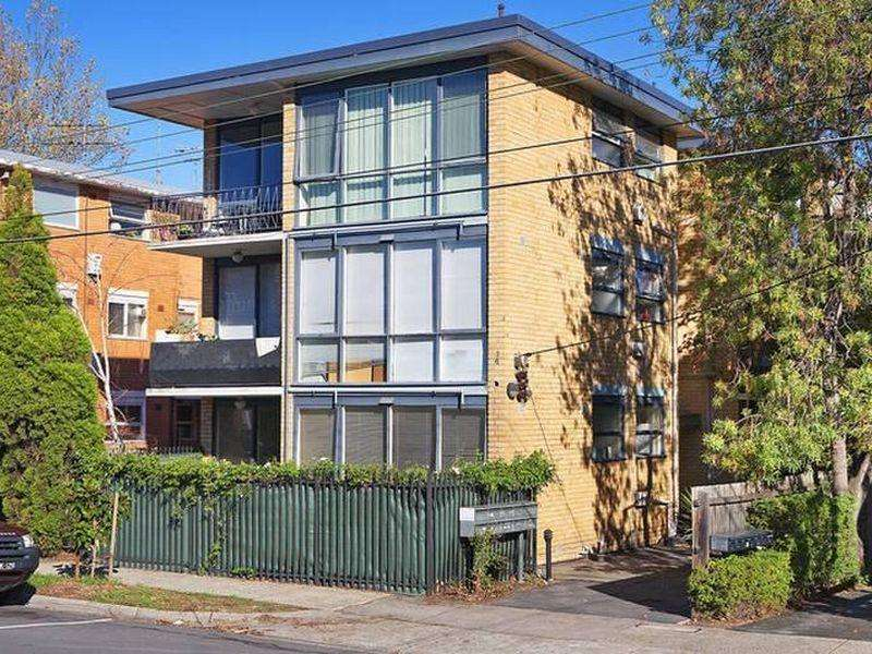 Main view of Homely apartment listing, 2/131 Alma Road, St Kilda East, VIC 3183