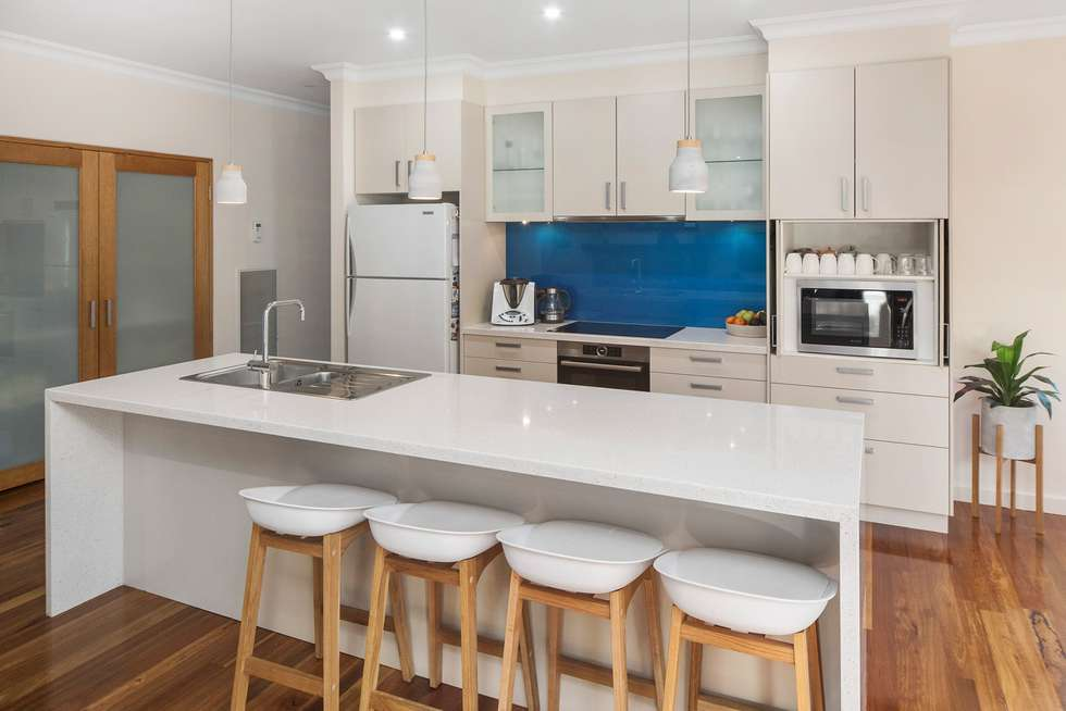 Fifth view of Homely house listing, 7 Woodrush Drive, Langwarrin VIC 3910