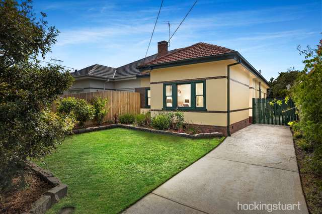 14 Sussex Road, Caulfield South VIC 3162