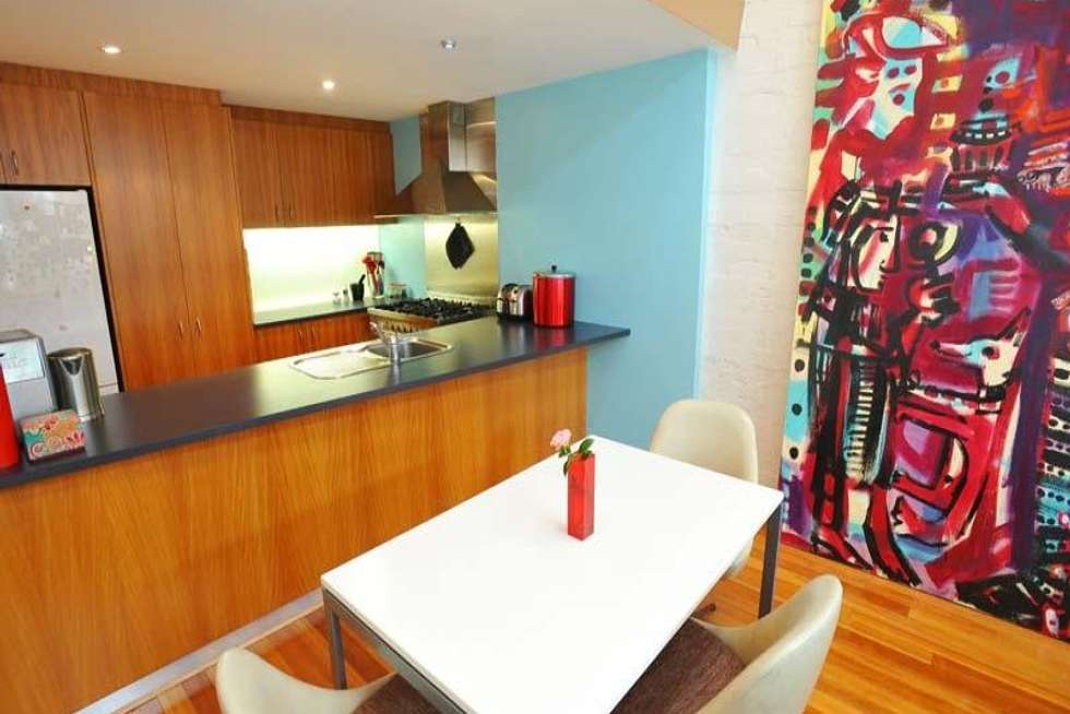Second view of Homely house listing, 2/87 Ormond Road, Elwood VIC 3184