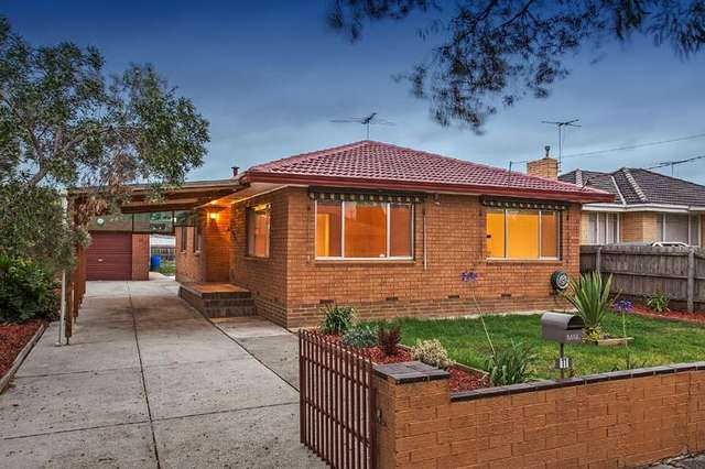 11 Curlew Close, Melton VIC 3337