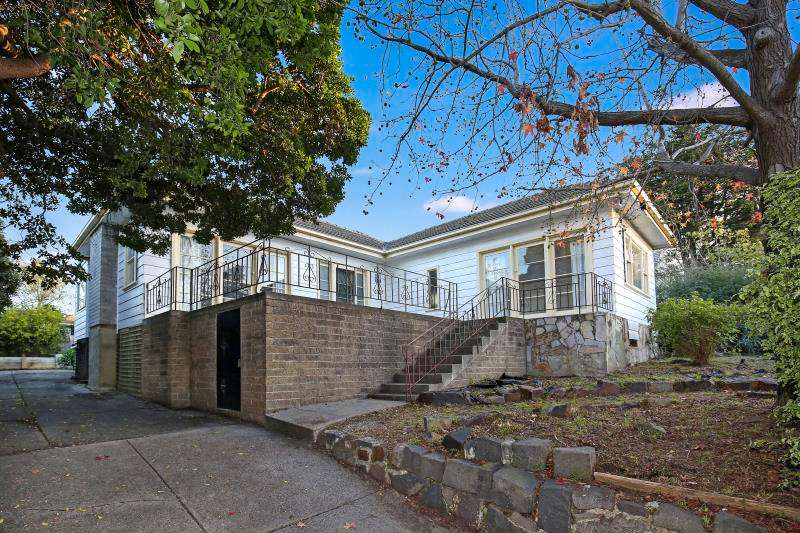 Main view of Homely house listing, 195 Grimshaw Street, Greensborough, VIC 3088