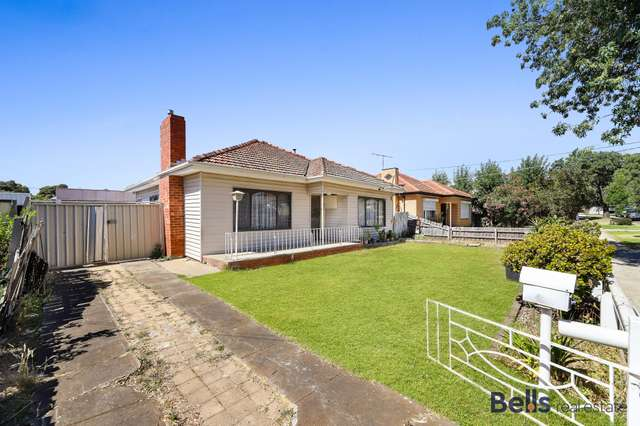 5 Armstrong Street, Sunshine West VIC 3020