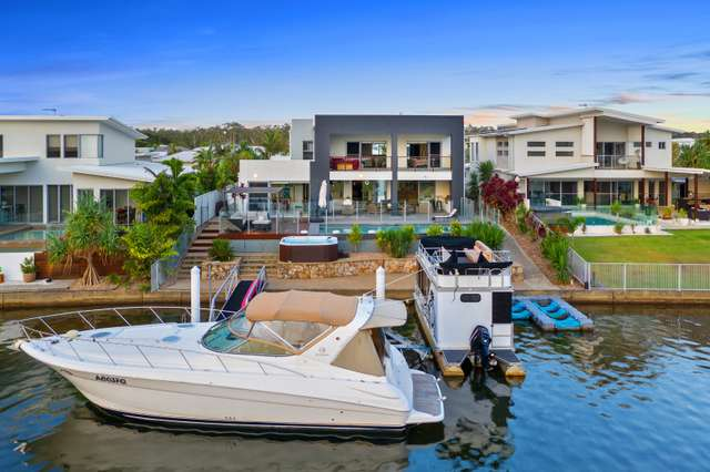 6 North Point Crescent, Pelican Waters QLD 4551