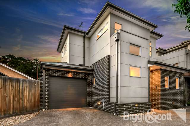 2/13 Holland Court, Maidstone VIC 3012