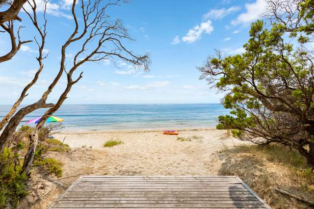 Boatshed 122/Tyrone Foreshore Off Point Nepean Road, Rye VIC 3941