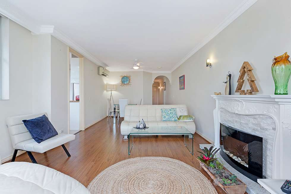 Third view of Homely apartment listing, 8/25 Harriette Street, Kurraba Point NSW 2089