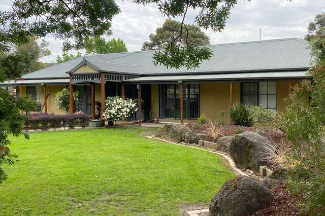 21 Coopers Road, Macclesfield VIC 3782