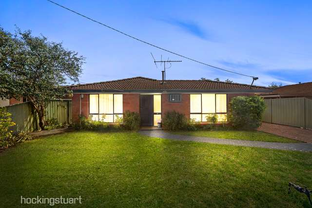 15 Bridge Road, Melton South VIC 3338