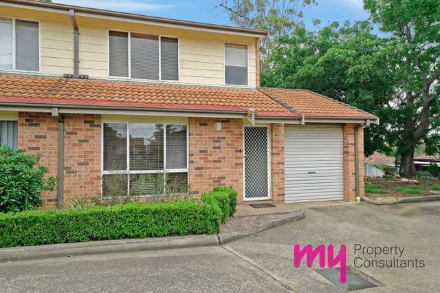 4/271 Old Hume Hway, Camden South NSW 2570