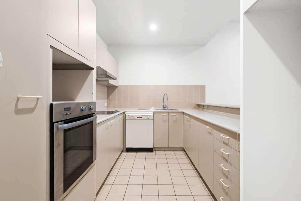 Fifth view of Homely apartment listing, 3/55 Batman Street, West Melbourne VIC 3003