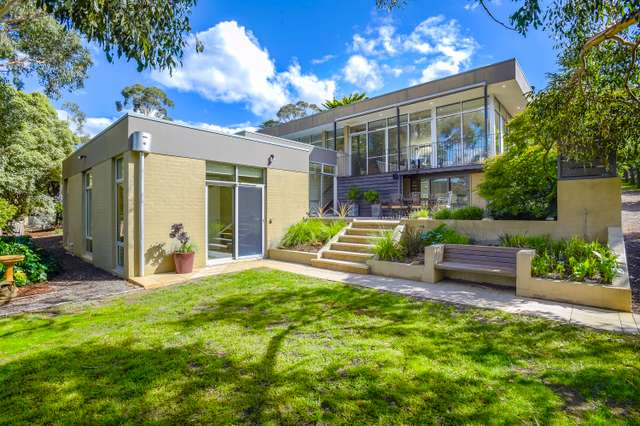 10 Zig Zag Road, Mount Macedon VIC 3441