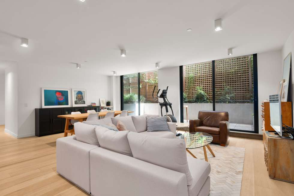 Second view of Homely apartment listing, 2/7 Riversdale Road, Hawthorn VIC 3122