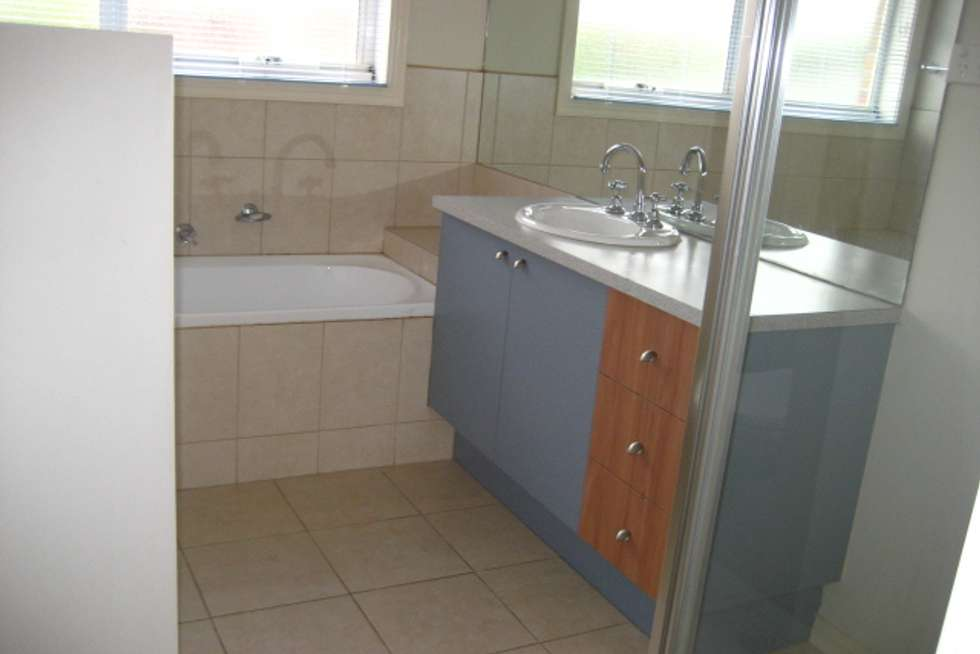 Fifth view of Homely townhouse listing, 2/383 Serpells Road, Doncaster East VIC 3109