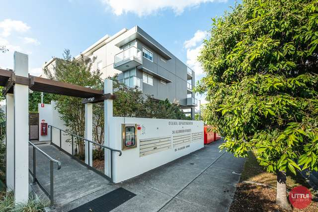 95 Clarence Road, Indooroopilly QLD 4068