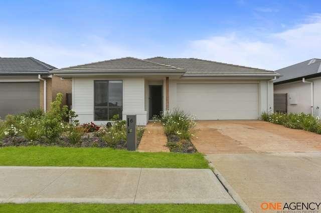6 Duncombe Avenue, Gledswood Hills NSW 2557