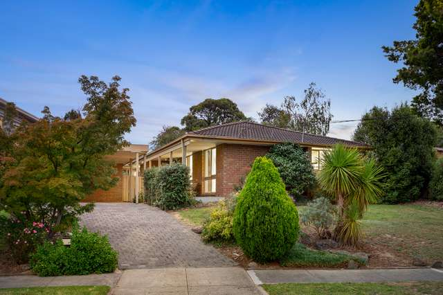 30 Overland Drive, Vermont South VIC 3133