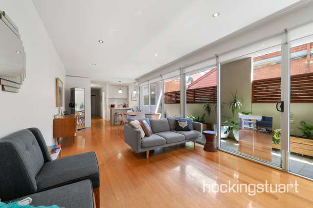 1/9 Loughmore Lane, North Melbourne VIC 3051