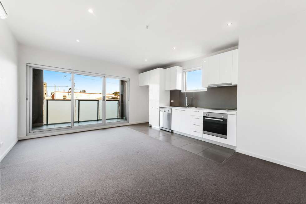 Fourth view of Homely apartment listing, 2/153 Barkly Street, Brunswick VIC 3056