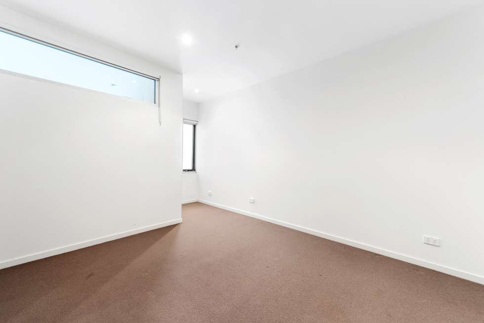 Fifth view of Homely apartment listing, 2/153 Barkly Street, Brunswick VIC 3056