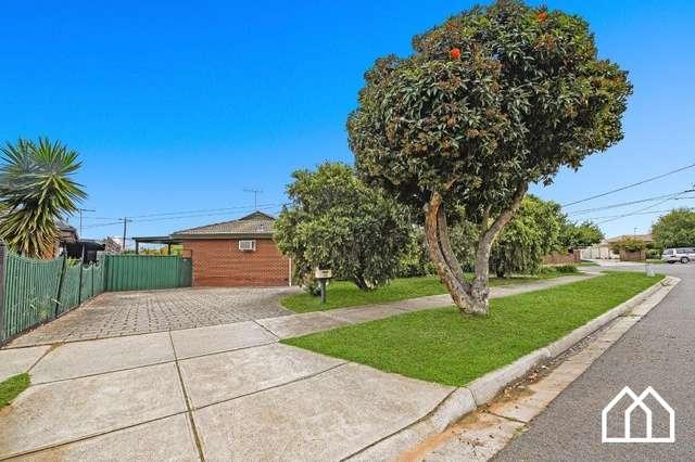 33 Banksia Avenue, Thomastown VIC 3074
