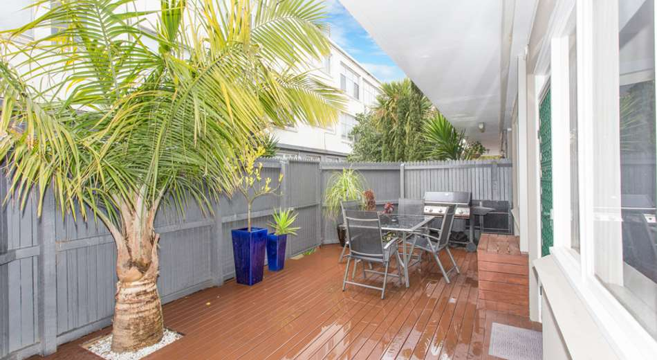 2/128 Glenhuntly Road, Elwood VIC 3184
