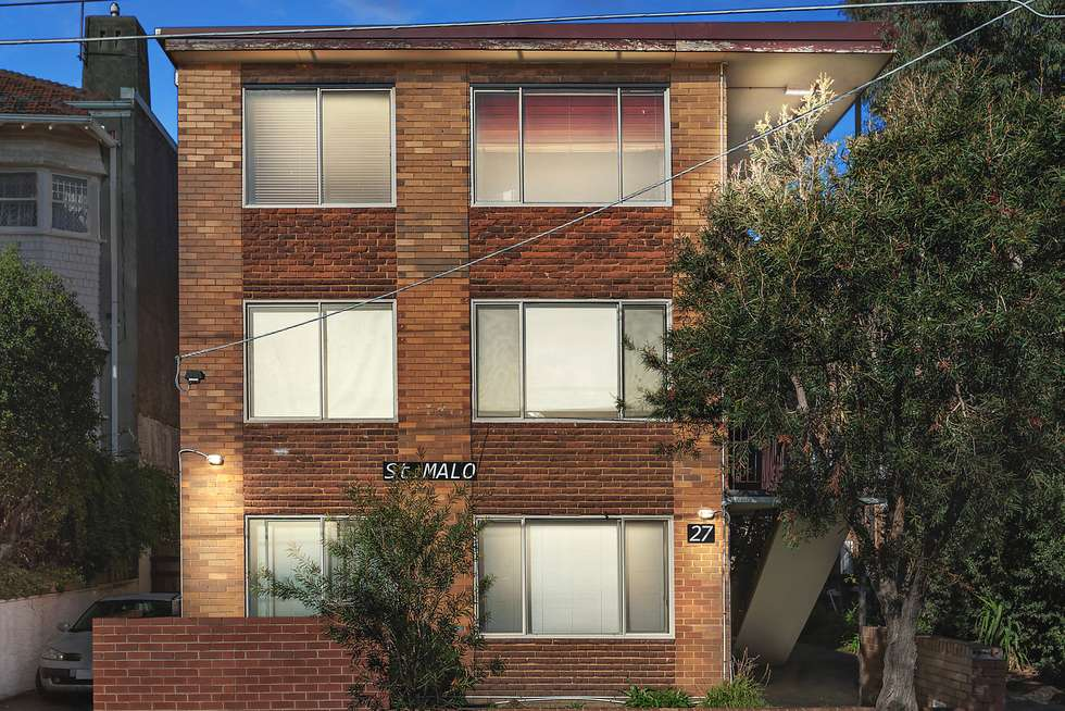 Third view of Homely apartment listing, 13/27 Robe Street, St Kilda VIC 3182