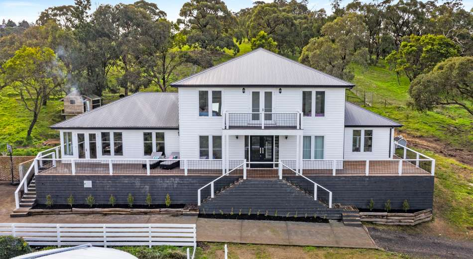 5 Cleves Road North