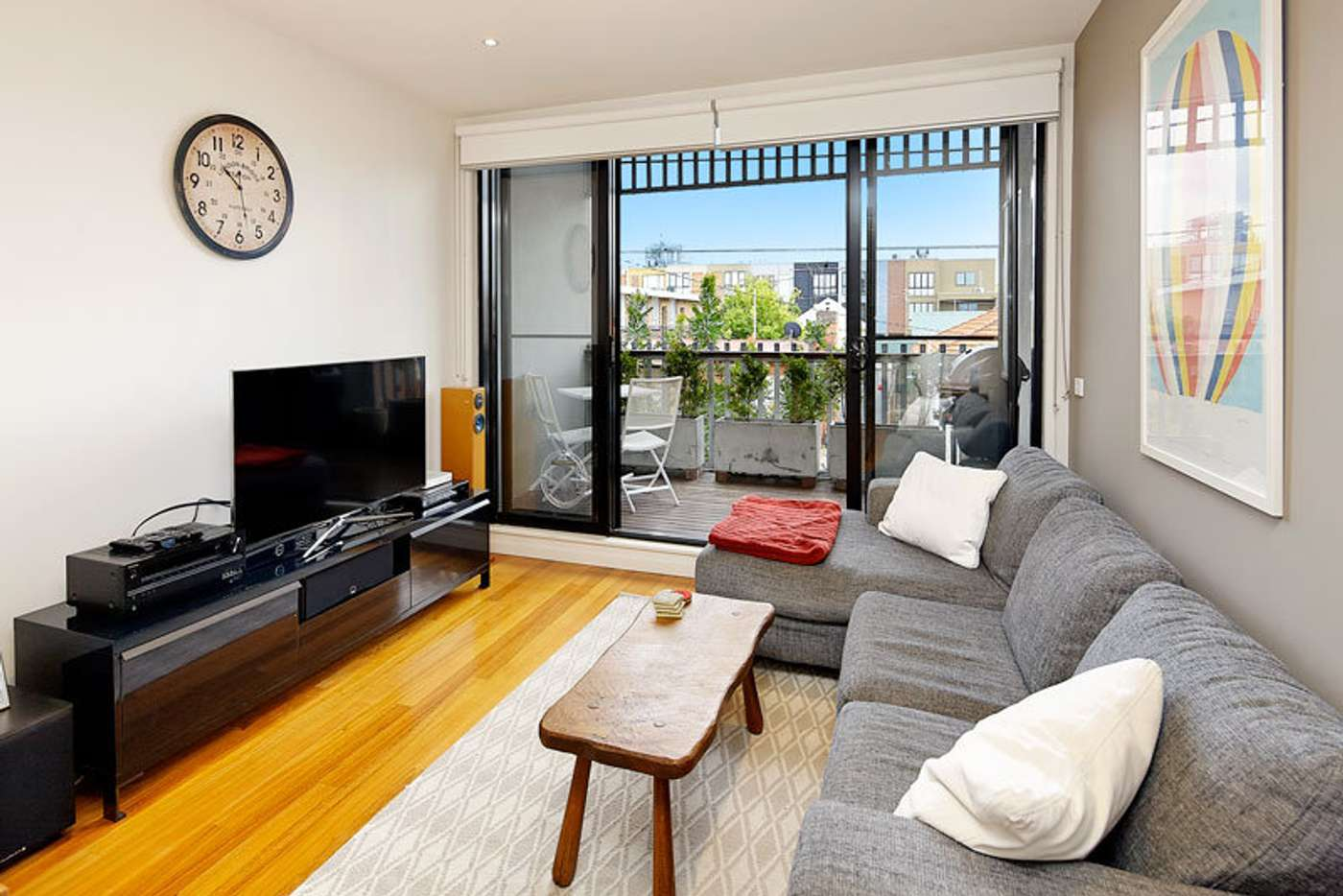 Main view of Homely townhouse listing, 2/22 Buckingham Street, Richmond VIC 3121