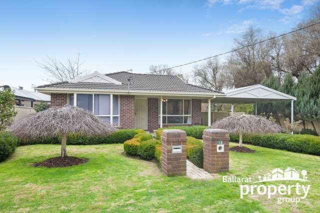 13 Olympic Avenue, Mount Clear VIC 3350