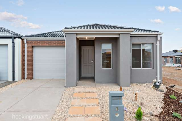 8 Battery Road, Point Cook VIC 3030