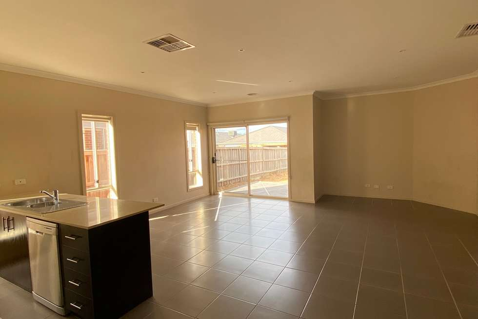 Fourth view of Homely house listing, 118 Crossway Avenue, Tarneit VIC 3029