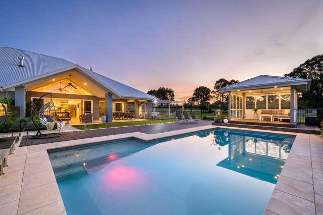 27 Halmstad Boulevard, Luddenham NSW 2745