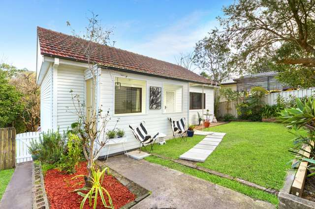 6 Cochrane Street, West Wollongong NSW 2500