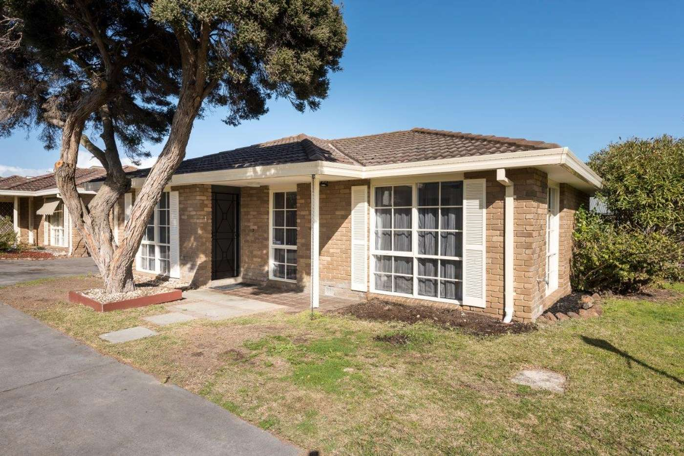 Main view of Homely unit listing, 1/10 King Street, Mornington VIC 3931