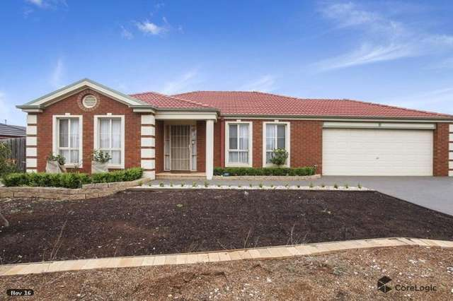 4 Lakeside Court, Melton West VIC 3337