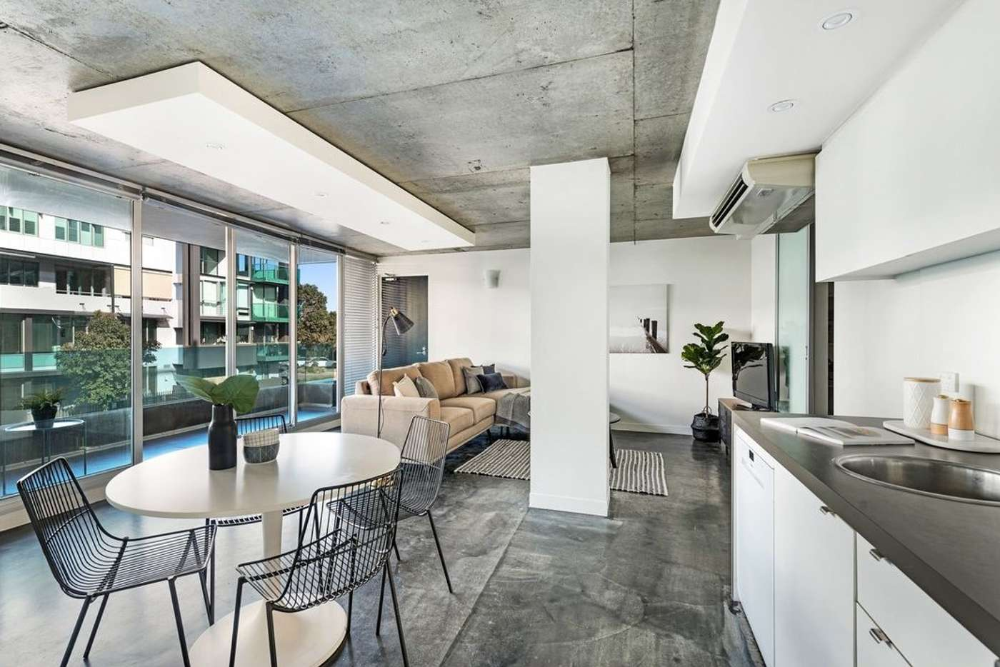 Main view of Homely apartment listing, 10/33 Johnston Street, Port Melbourne VIC 3207