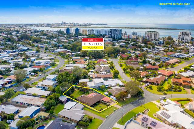 33 Wavell Avenue, Golden Beach QLD 4551