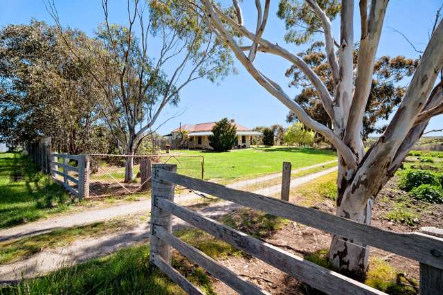 30 Blackmores Road, Clunes VIC 3370