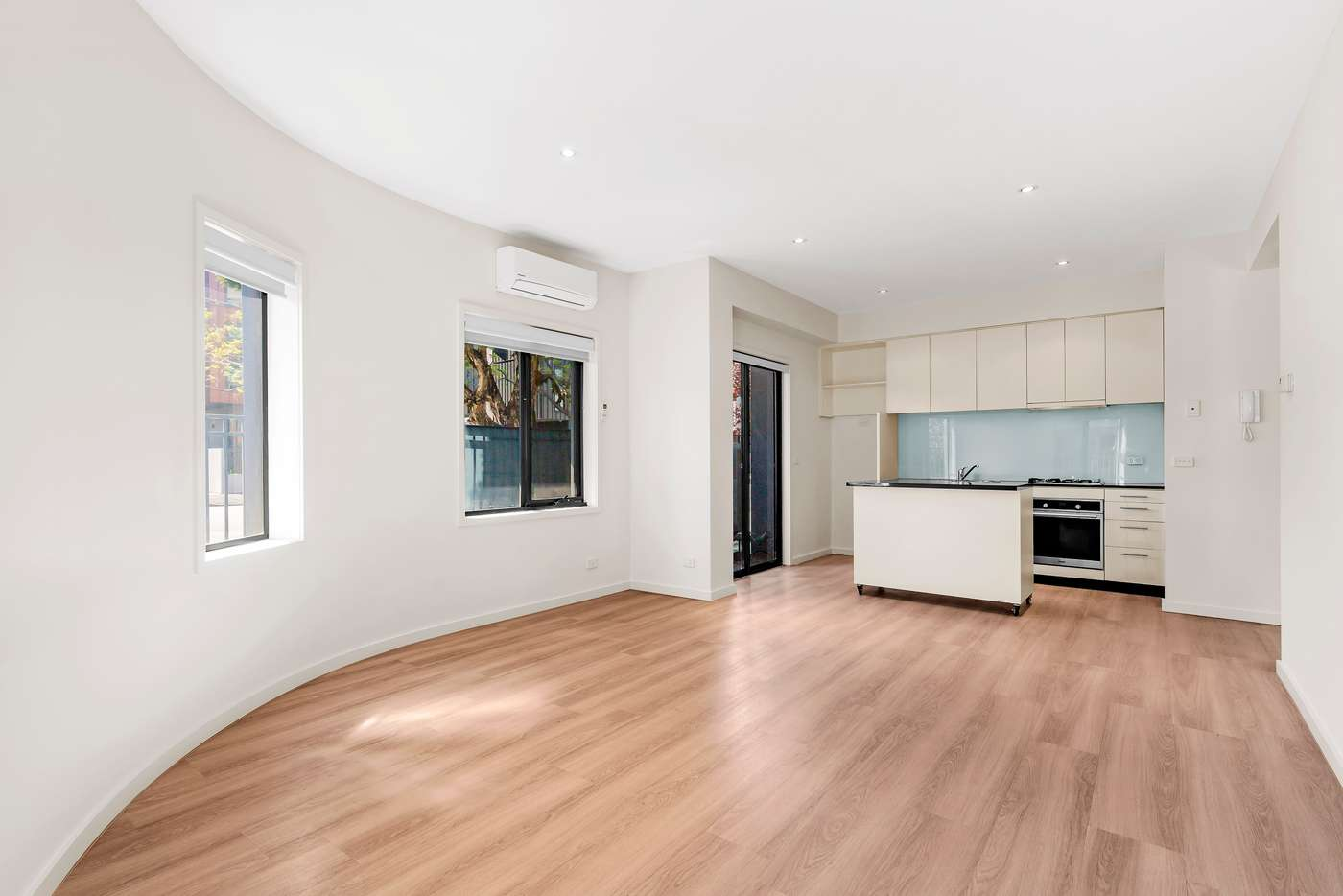 Main view of Homely apartment listing, 1/19 Boundary Street, Port Melbourne VIC 3207