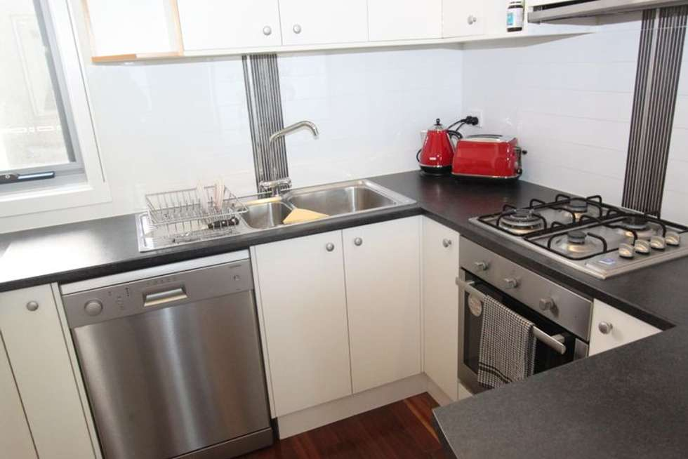 Fifth view of Homely unit listing, 2/19 Follett Road, Cheltenham VIC 3192