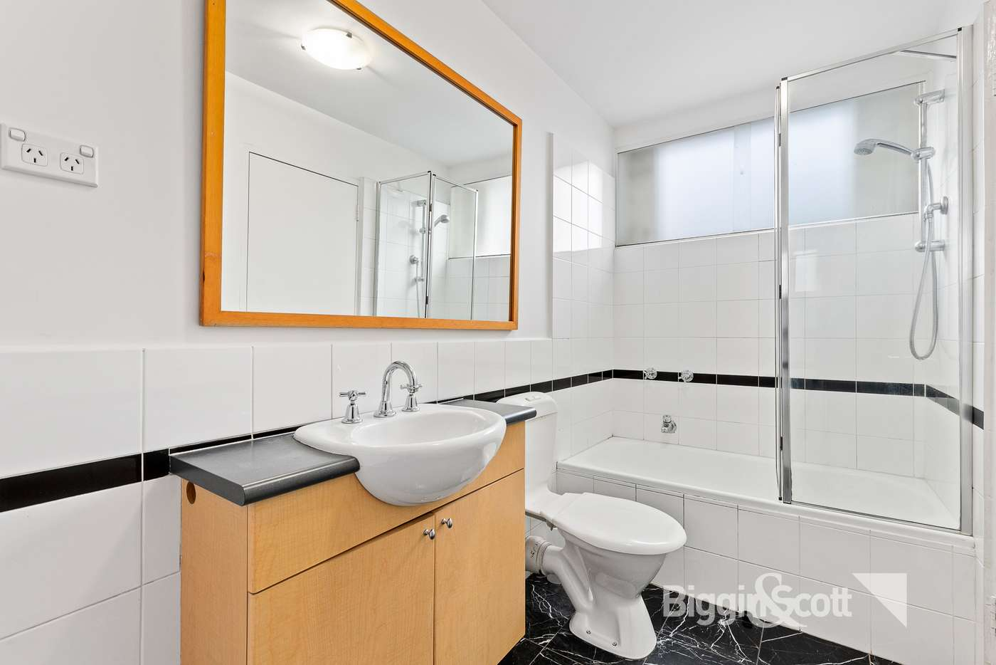 Sixth view of Homely apartment listing, 3/18 Kensington Road, South Yarra VIC 3141