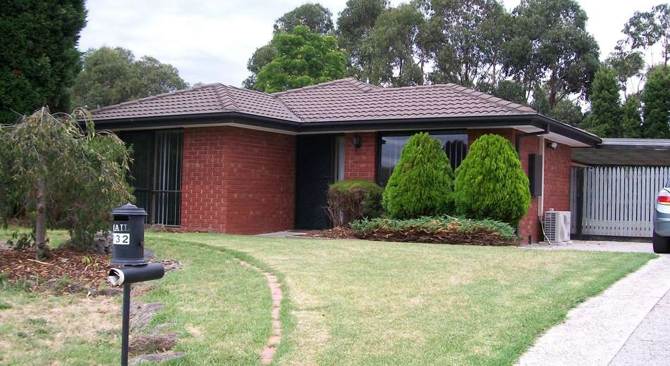 132 Waradgery Drive, Rowville VIC 3178