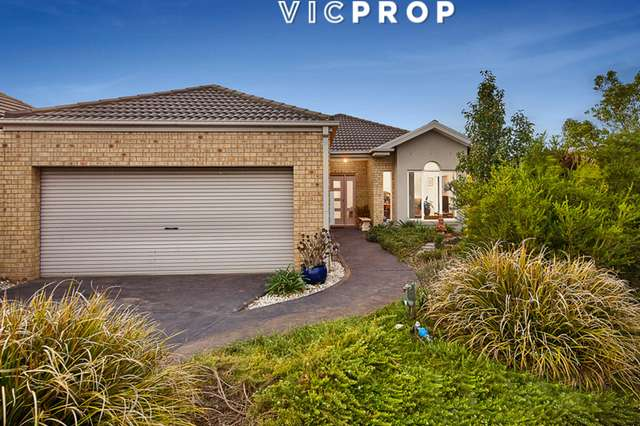 2 Friarbird Court, Point Cook VIC 3030