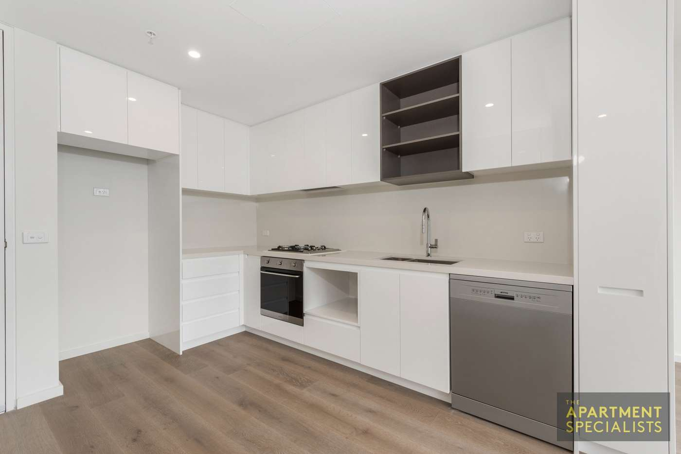Main view of Homely apartment listing, 2b/2 Duckett Street, Brunswick VIC 3056