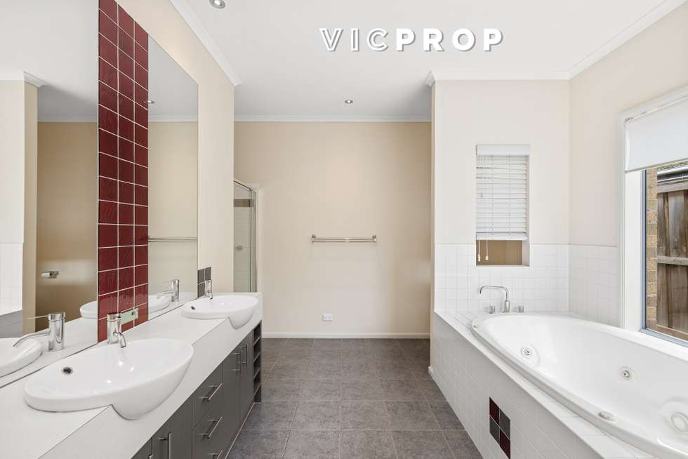 Fifth view of Homely house listing, 17 Lincolnheath Boulevard, Point Cook VIC 3030