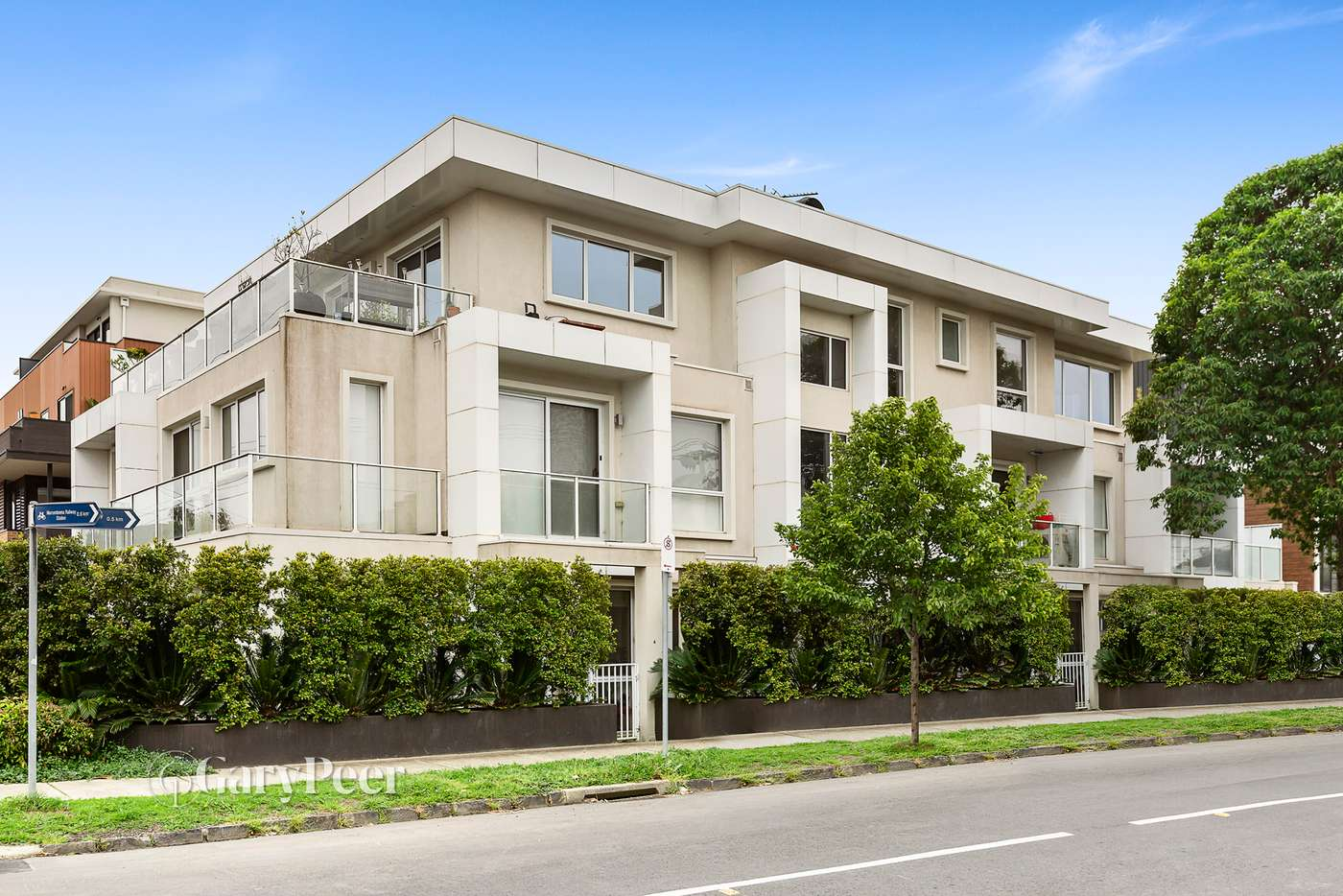 Main view of Homely apartment listing, 2/336 Neerim Road, Carnegie VIC 3163