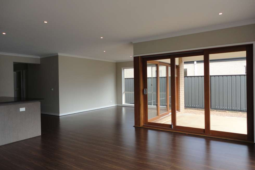 Fifth view of Homely house listing, 2 Snowsill Circuit, Point Cook VIC 3030