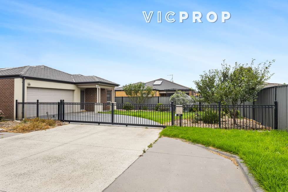 Second view of Homely house listing, 39 Michael Place, Point Cook VIC 3030