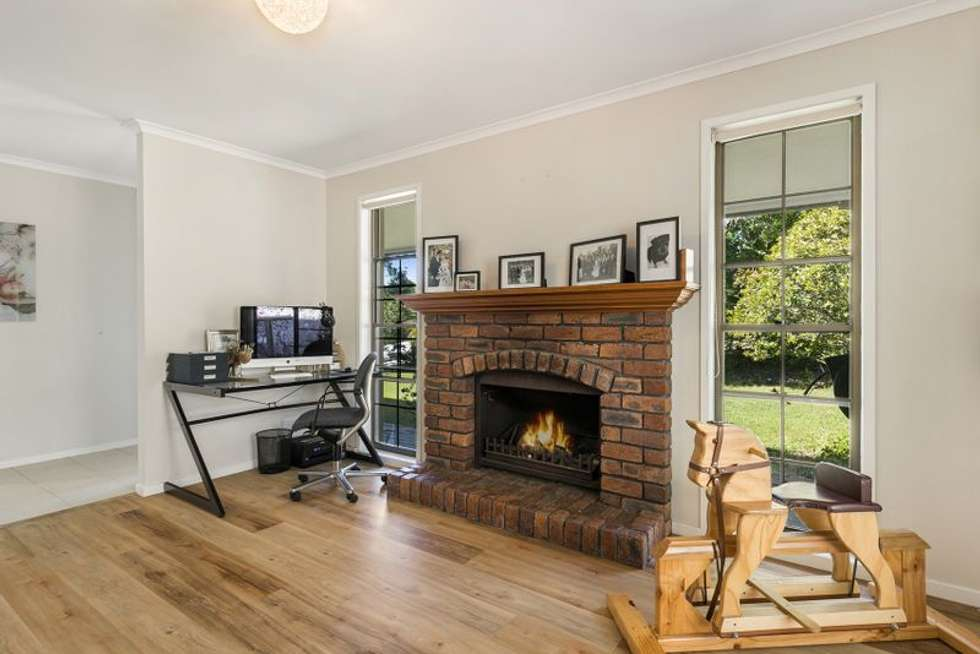 Second view of Homely house listing, 4 Hovea Place, Bellbowrie QLD 4070